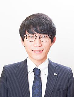 吉田 康晃
